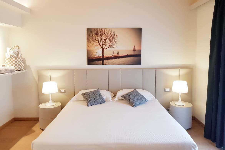 bedroom contract furniture hotel principe di lazise pianca